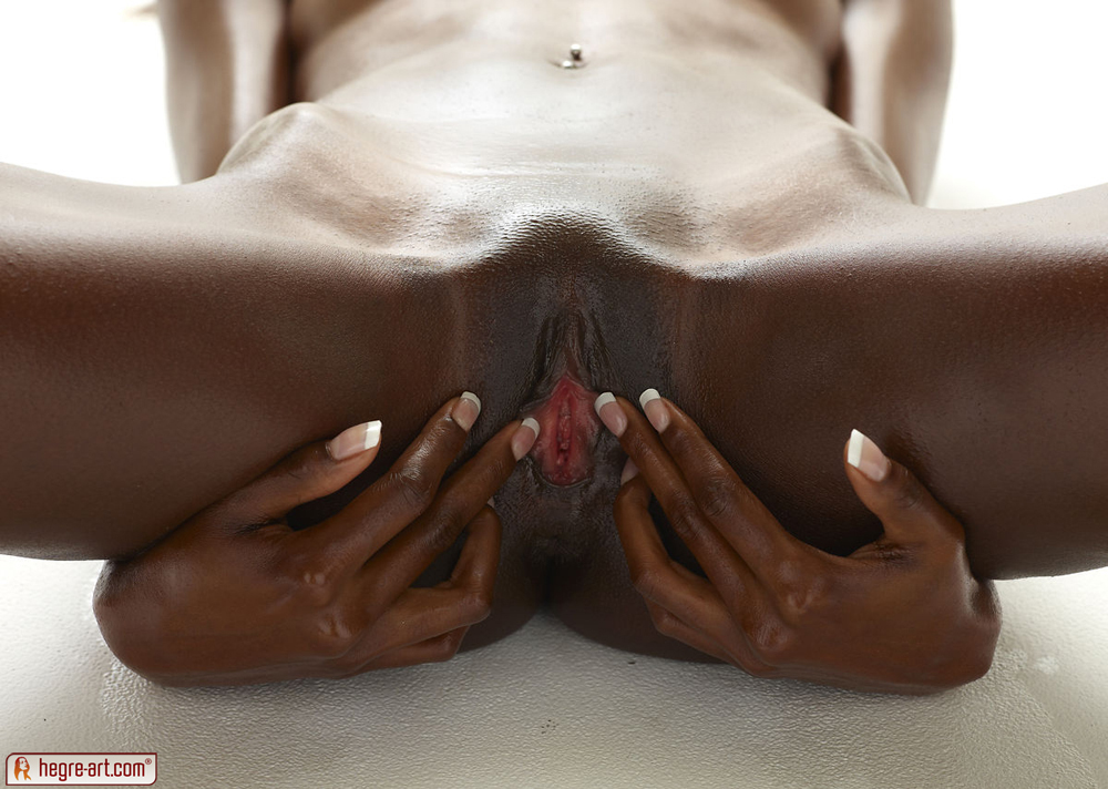 black tantric massage suu seksiä