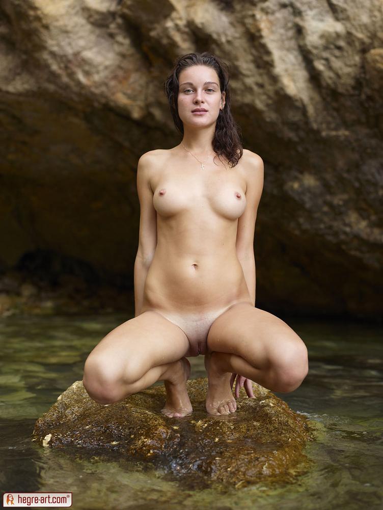 Newze land girl naked