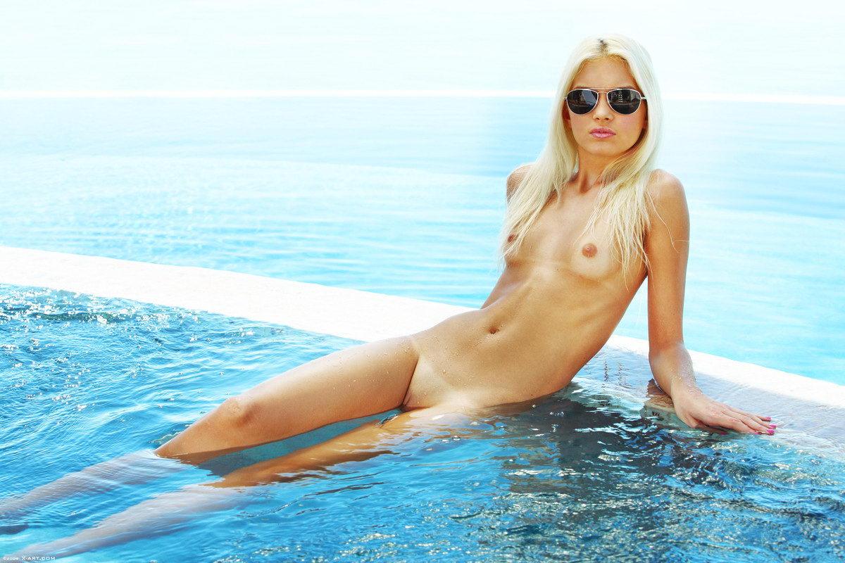 Pool Sex Porn, Nude Pool Pics - PornPicscom