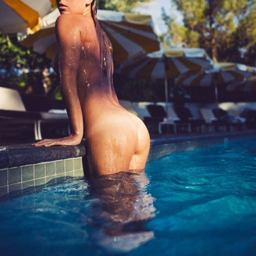 Marisa Papen wet & naked in pool