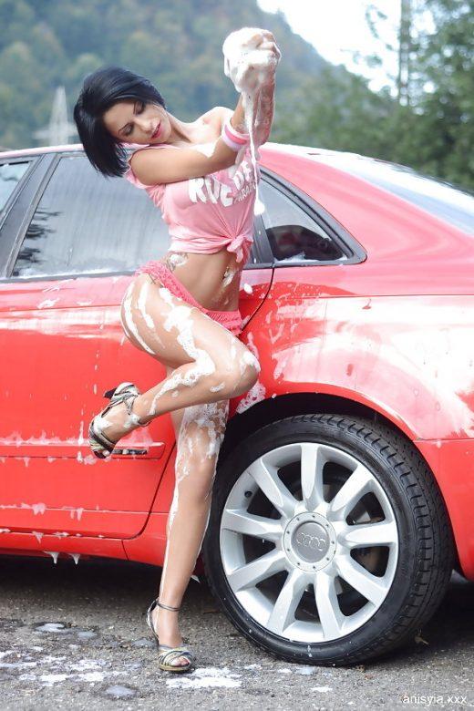 Anisyia soapy carwash