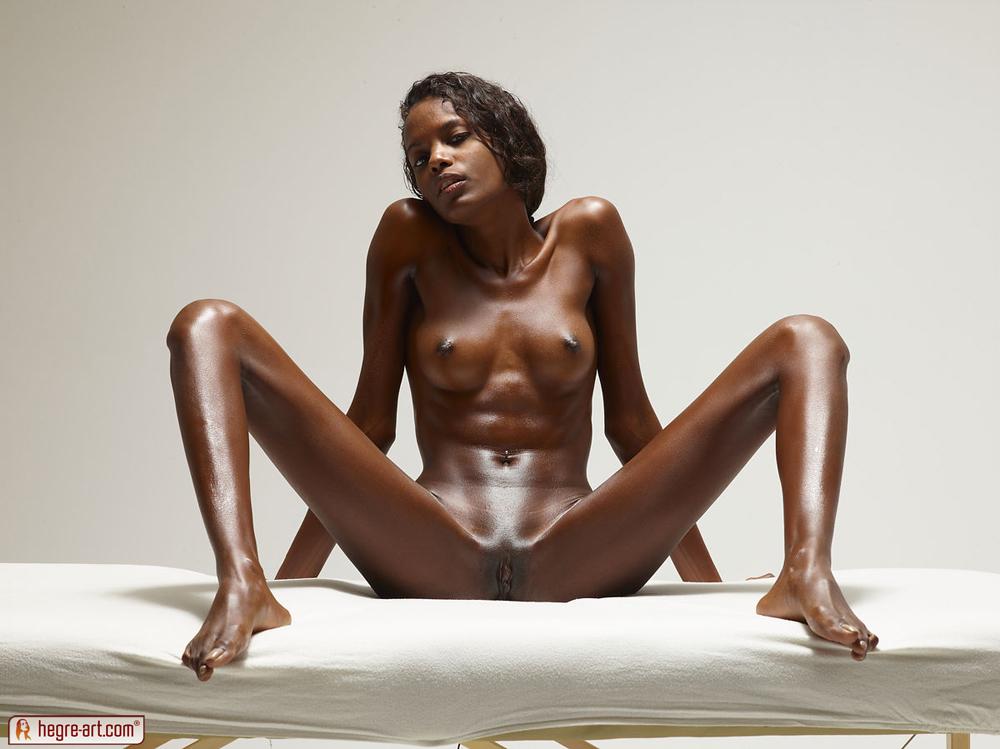 Valerie Hegre Art Assoass 1
